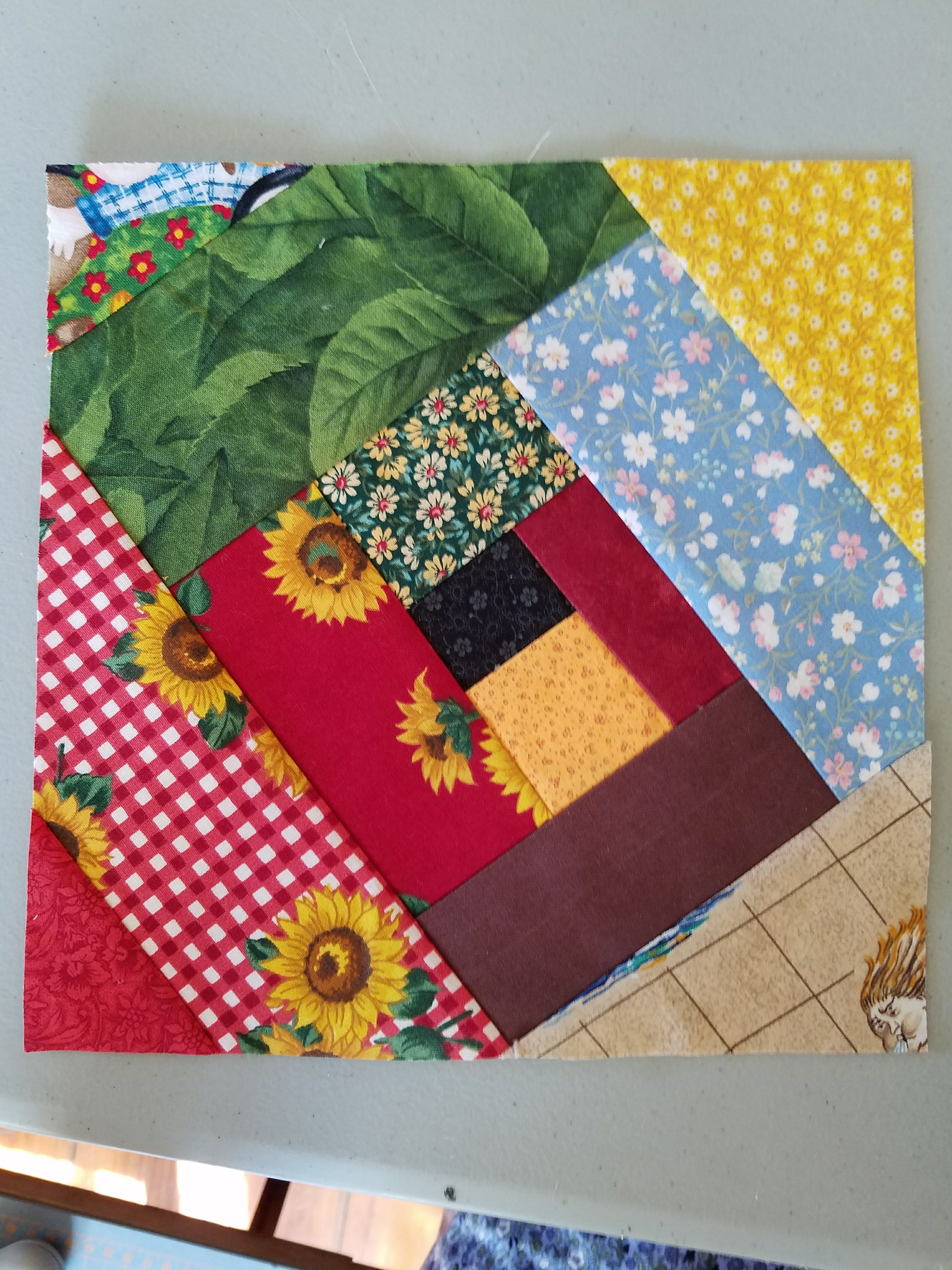 Foundation Pieced Crazy Quilt Block Sewing With Treadles